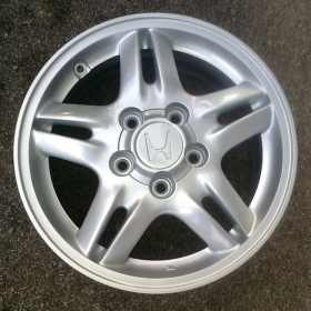 2. Alloy wheel after refurbishment