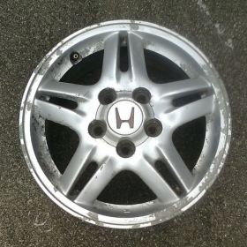 1. Alloy wheel before refurbishment