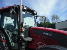 4. Valtra tractor with manufactured exhaust